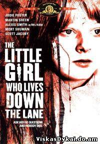 Filmas Mergaitė, gyvenanti miestelio pakrašty / The Little Girl Who Lives Down the Lane (1976)
